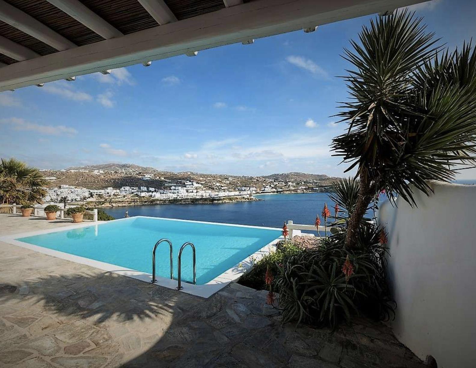 Villa-Abbi,-Mykonos-ilovepdf-compressed-002