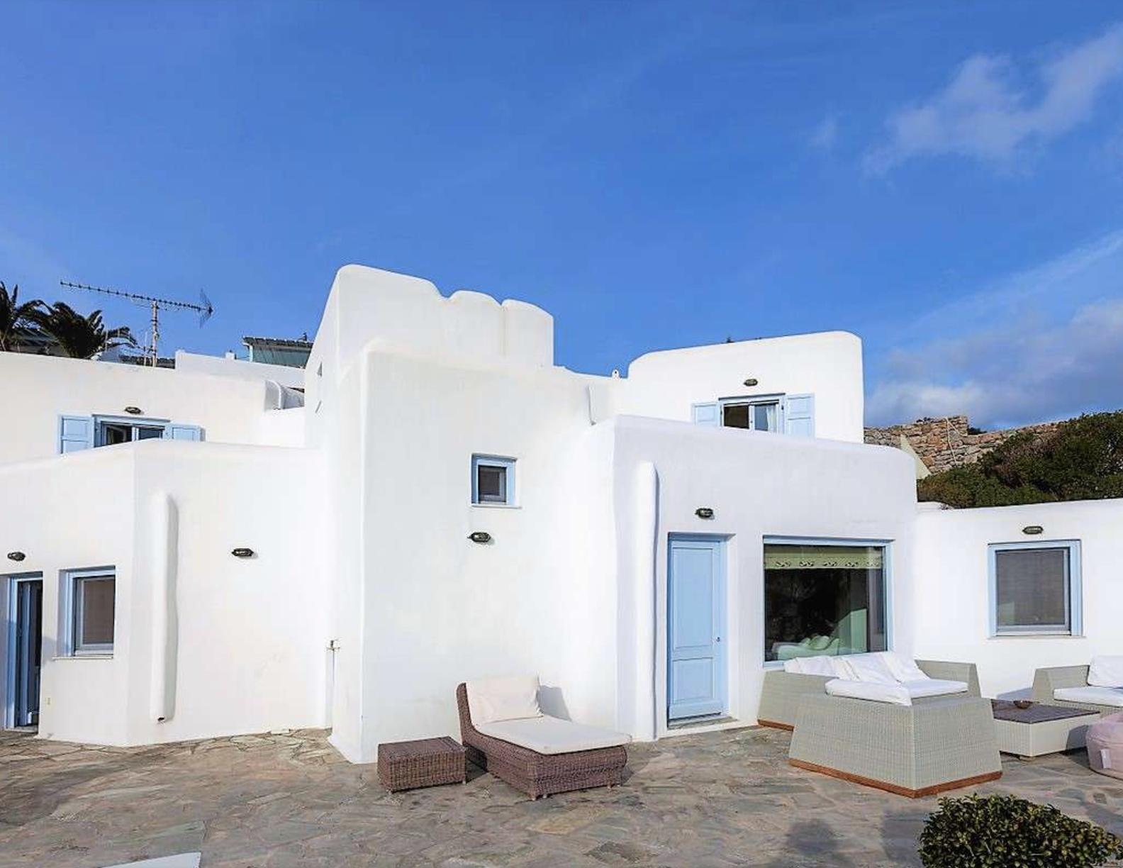 Villa-Abbi,-Mykonos-ilovepdf-compressed-005