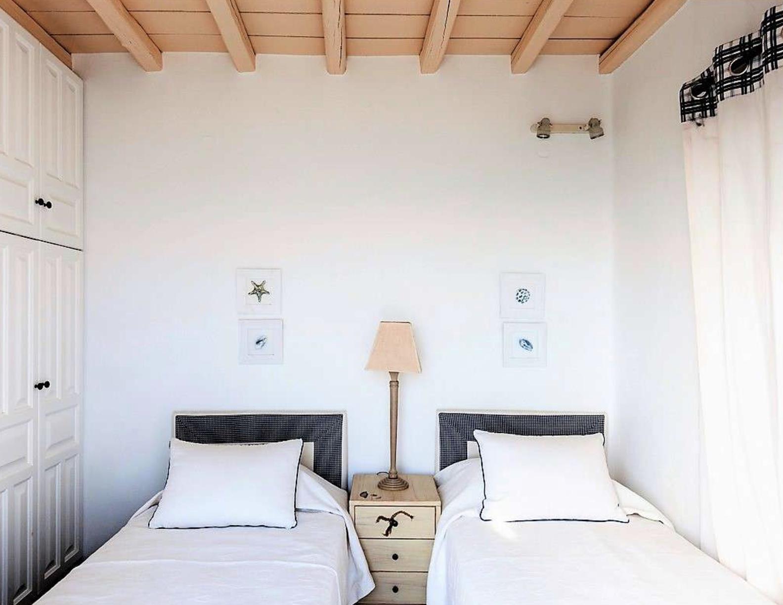 Villa-Abbi,-Mykonos-ilovepdf-compressed-015